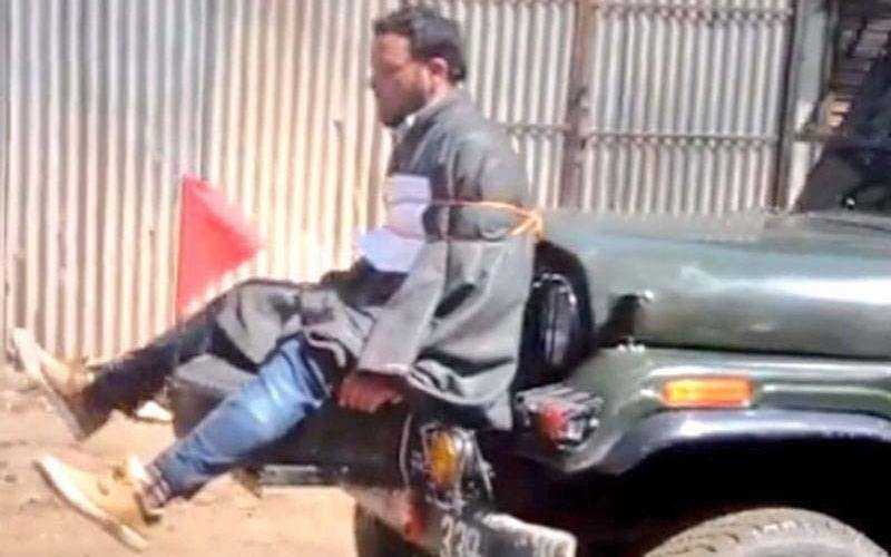 Kashmiri man tied to the jeep during a separatist uprising on April 9.