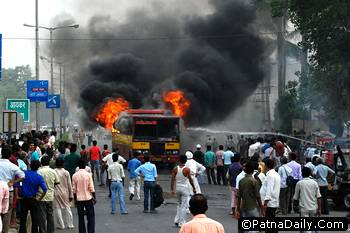 Riot in Patna during Brahmeshwar Mukhia's funeral last June.