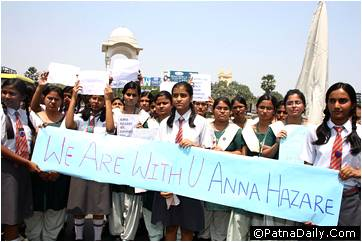 Patna students in support of Anna Hazare.
