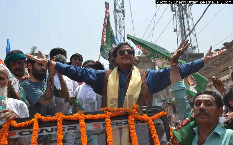 Congress candidate from Patna Saheb Shatrughan Sinha doing road show in Patna on Monday.