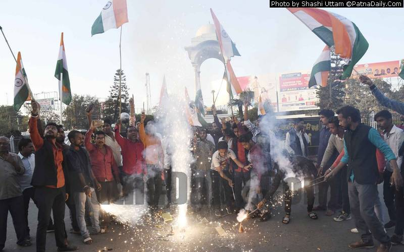 Celebration in Patna after IAF jawans bomb a terrorist camp in Pakistan killing over 300 terrorists.