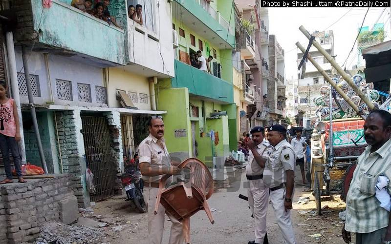 Police confiscate properties of Shankar Rai, a notorious criminal.