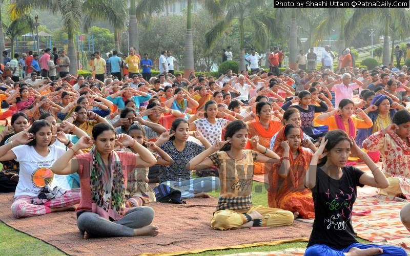Patna'ites taking part in International Yoga Day at Eco Park on Friday.