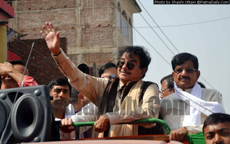 Congress candidate from Patna Saheb Shatrughan Sinha doing road show in Patna on Wednesday.