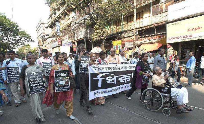 Citizens march to protest the rape of an elderly nun in Kolkata. (NDTV)