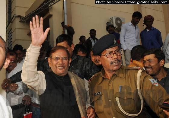 Sharad Yadav arriving at Ranchi Jail on Saturday.