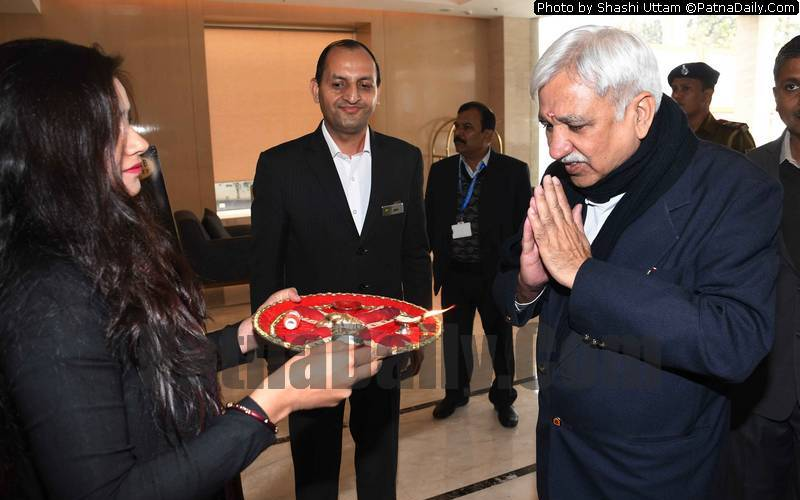 Chief Election Commissioner Sunil Arora and his team arrives in Patna on Thursday.