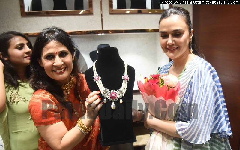 Bollywood star Preity Zinta in Patna to Inaugurate a Jewelry Shop on Friday.