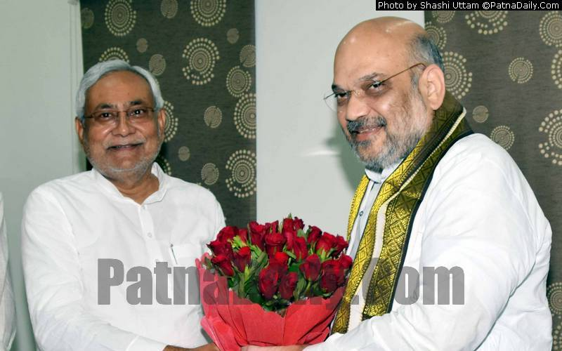 Bihar CM Nitish Kumar with BJP national president Amit Shah (file photo).