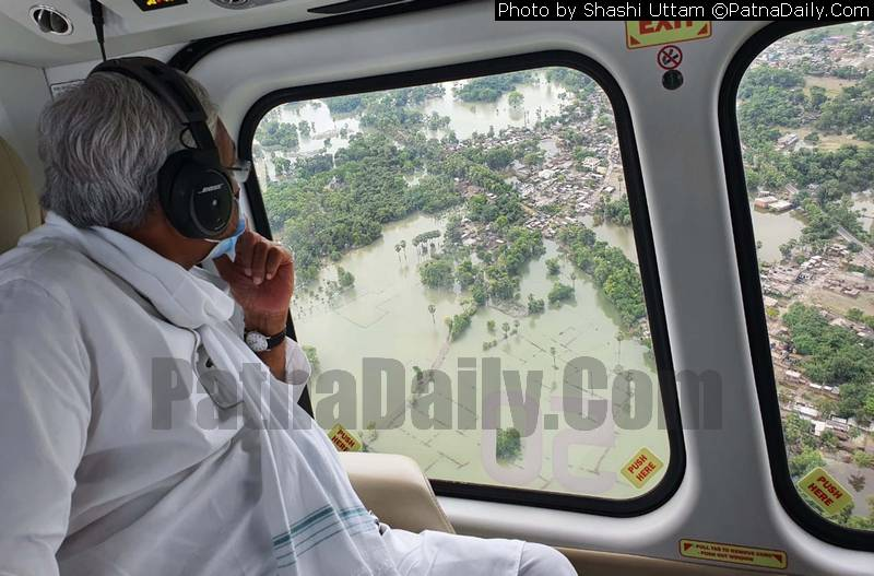 Nitish Kumar surveying flood situation in Darbhanga on Wednesday.