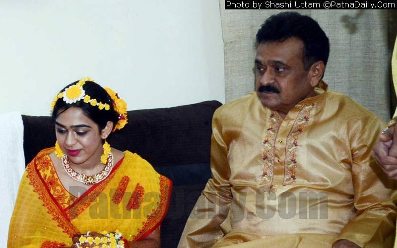 Chandrika Rai with his daughter Aishwarya Rai (file photo).
