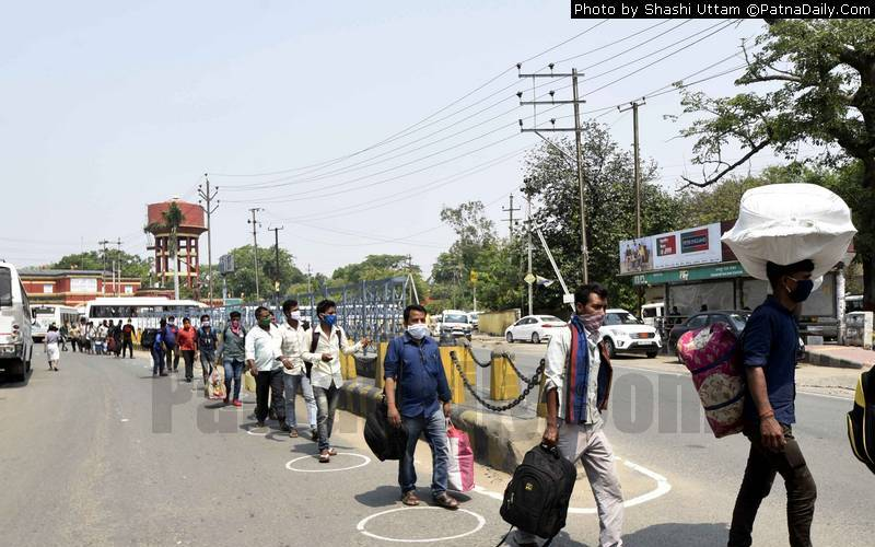 Bihari migrant workers returning from Gujarat during Coronavirus nationwide lockdown.