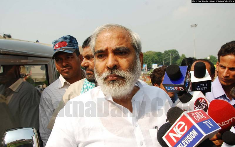 RJD leader Raghuvansh Prasad Singh (file photo).